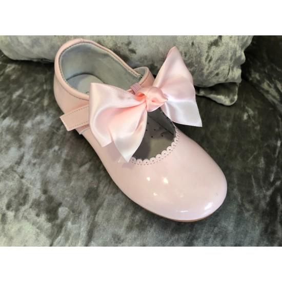 Fallon Mary Janes Pink  Bow Patent Shoe