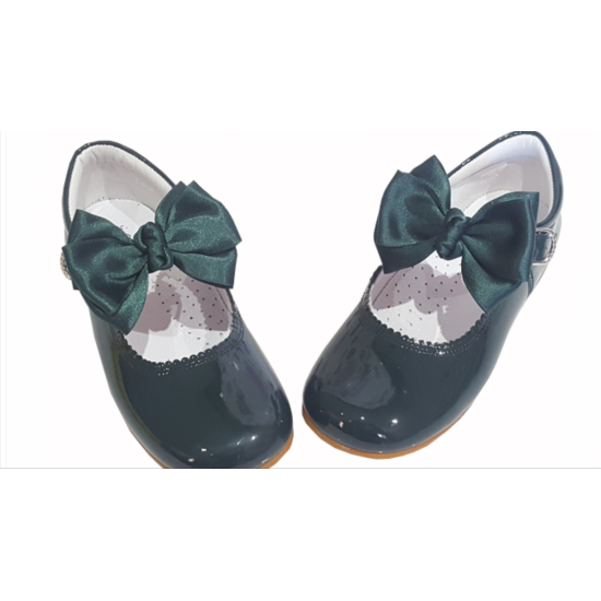Mary Jane Green PatentLeather Bow Shoe